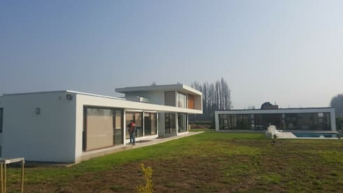 PROYECTO CASA ESPÍNOZA: Casas de estilo moderno por alvarez arquitecto