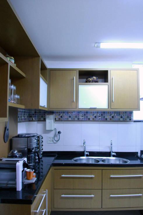 Cozinha planejada: Cozinhas  por STUDIO CALI ARQUITETURA E DESIGN