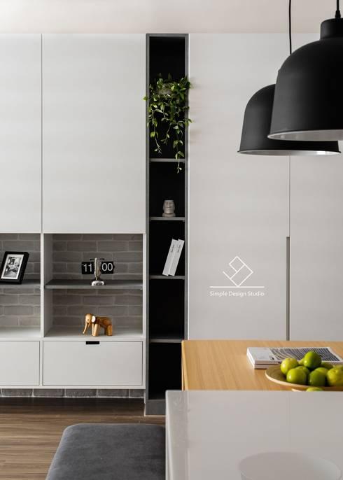 端景櫃:  牆面 by 極簡室內設計