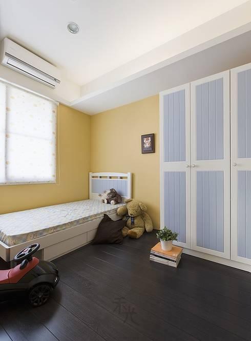 光源通透、無限放大的居家LOOK!:  嬰兒房/兒童房 by 禾光室內裝修設計 ─ Her Guang Design