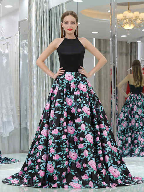 Prom Dresses For Your Matric Dance/Farewell/Ball: modern Dressing room by Vivi Dress South Africa
