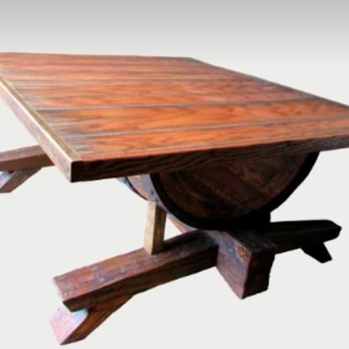 Barrel coffee table: rustic Living room by Bezaleel workshop