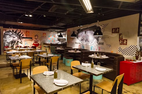 Linguini Fini SM Megamall:  Commercial Spaces by Cham - Candelaria Inc.