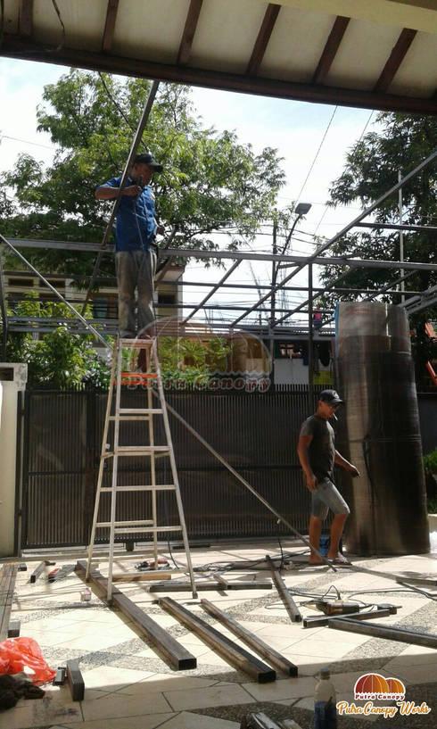 Canopy Polycarbonate Jakarta:  Balconies, verandas & terraces  by Putra Canopy