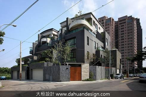 大桓建築設計   台中   君悅:  房子 by 大桓設計顧問有限公司