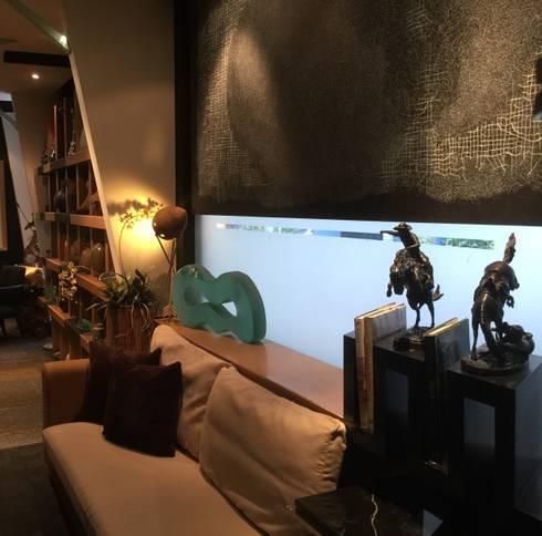 COZY LIVING: modern Living room by FINE ART LIVING PTE LTD