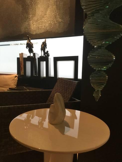 COZY LOUNGE: modern Living room by FINE ART LIVING PTE LTD