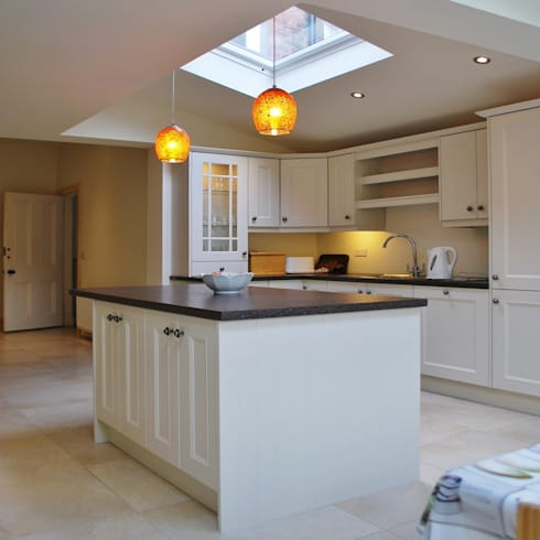 Extension, Malone, Belfast: eclectic Kitchen by Jim Morrison Architects