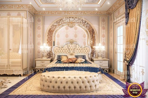​Beauty classics in the interior of the bedroom from Katrina Antonovich: classic Bedroom by Luxury Antonovich Design