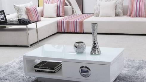 Phòng khách đẹp với mẫu bàn trà:   by Thương hiệu Nội Thất Hoàn Mỹ