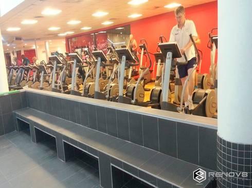 Virgin Active Constantia Swimming Pool: modern Gym by Renov8 CONSTRUCTION