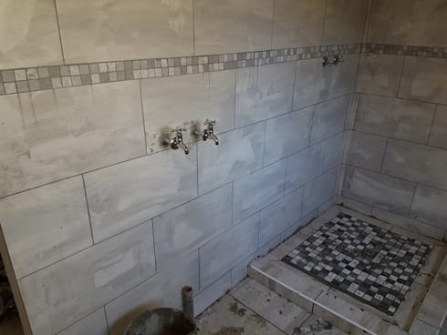 Home renovation in Heidelberg:   by PTA Builders And Renovators