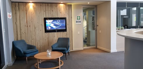 Oakhill Church Offices: modern Living room by JFS Interiors