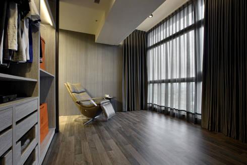 築采 由鉅三希:   by 築采設計 - Leve Interior Architects