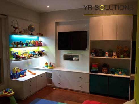 Implementacion Mueble de Juegos : Dormitorios infantiles de estilo  por YR Solutions