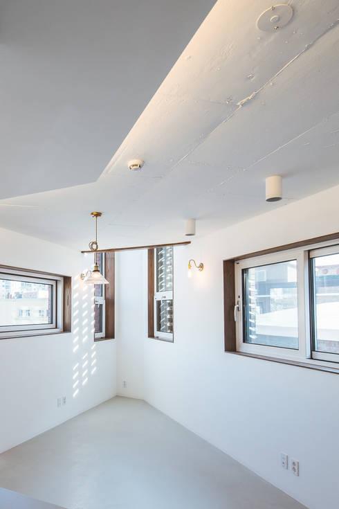 온기: AAPA건축사사무소의  거실