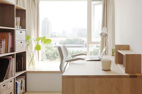 無印良品。輕暖宅:  書房/辦公室 by 文儀室內裝修設計有限公司