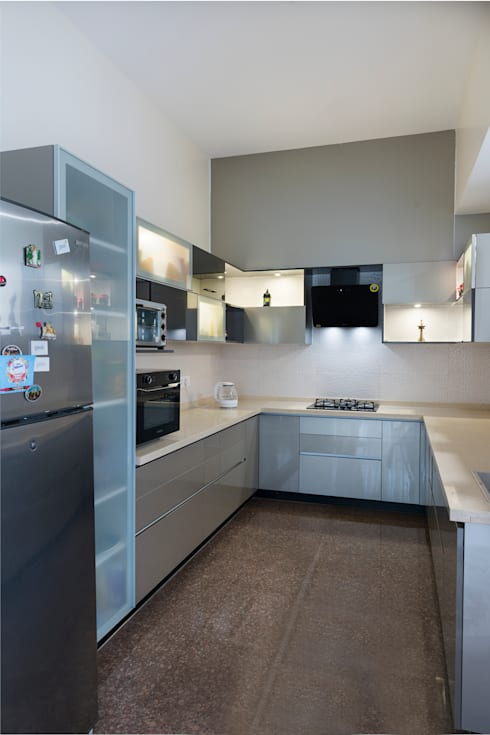 Anna varghese: modern Kitchen by Designasm Studio