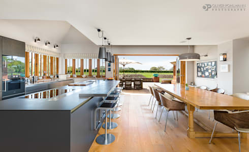 Residential Photography by Oliver Pohlmann:  Kitchen units by Oliver Pohlmann Photography