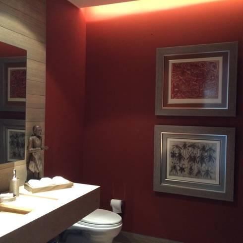 modern Bathroom by Mayúscula Arquitectos