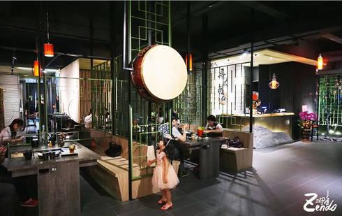 春秋戰鍋︱大里店:  商業空間 by Zendo 深度空間設計
