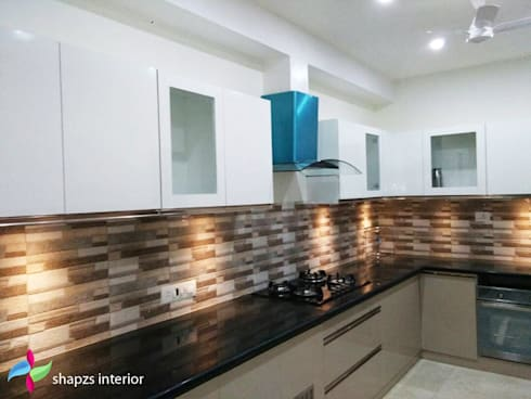 Kitchen by shapzs interior