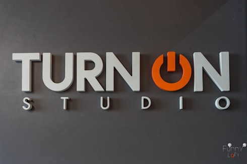 TURN ON STUDIO ย่านลาดพร้าว:   by TNC CREATIVE.CO.,LTD