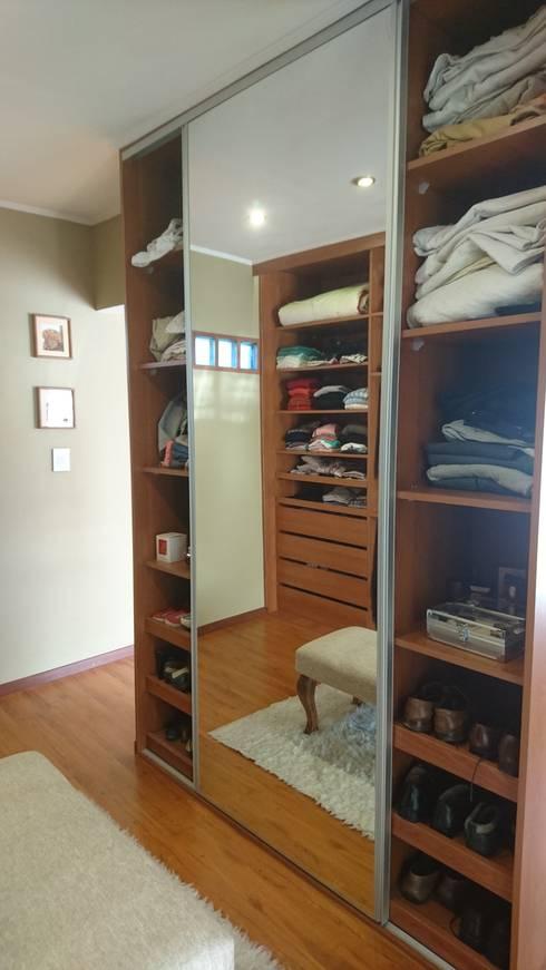 Dormitorio: Dormitorios de estilo  por Himis, Habis y Haim