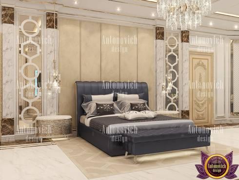 Interior design Masterpieces from Katrina Antonovich: modern Bedroom by Luxury Antonovich Design