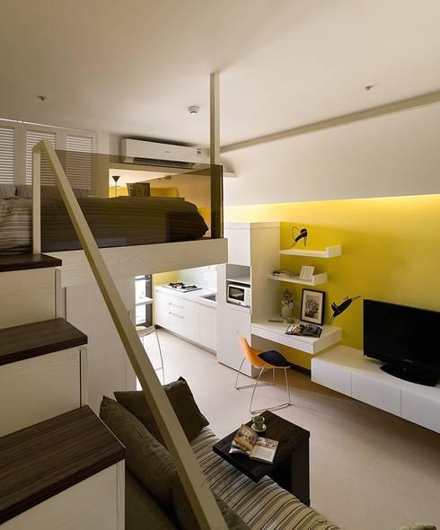 幸福「貓」寓所:  臥室 by 禾光室內裝修設計 ─ Her Guang Design