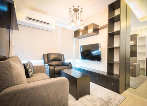 Seibu Tower Project / Golden Forum Land Inc.: minimalistic Living room by TG Designing Corner
