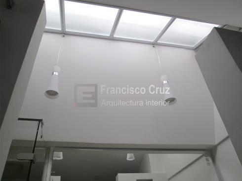 Techo :  de estilo  por Francisco Cruz Arquitectura interior