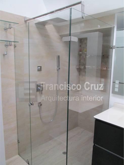 División baño :  de estilo  por Francisco Cruz Arquitectura interior