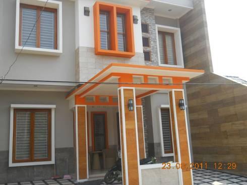 Renovasi Rumah Tinggal , Metro Sukarno Hatta - Bandung :  Rumah by Amirul Design & Build
