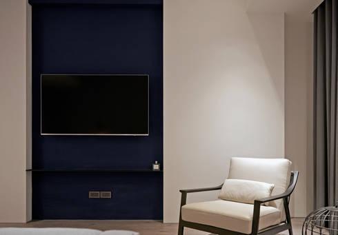輕 湖口 別墅宅:  臥室 by WID建築室內設計事務所 Architecture & Interior Design