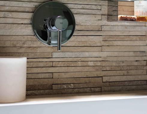 Reconstrucción de baño, Lo Recabarren: Baños de estilo moderno por Crescente Böhme Arquitectos