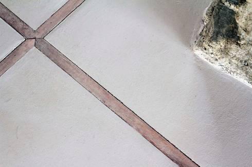 Casa Caleu II, Quincho: Pisos de estilo  por Crescente Böhme Arquitectos