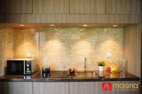 Home modern project: modern Kitchen by Magna Mulia Mandiri