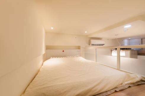 夾層設計 甜蜜機能小宅:  臥室 by 好室佳室內設計