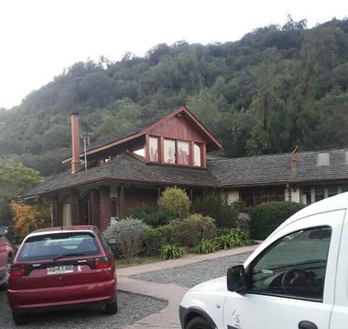 Fachada original: Casas unifamiliares de estilo  por ARquitectura