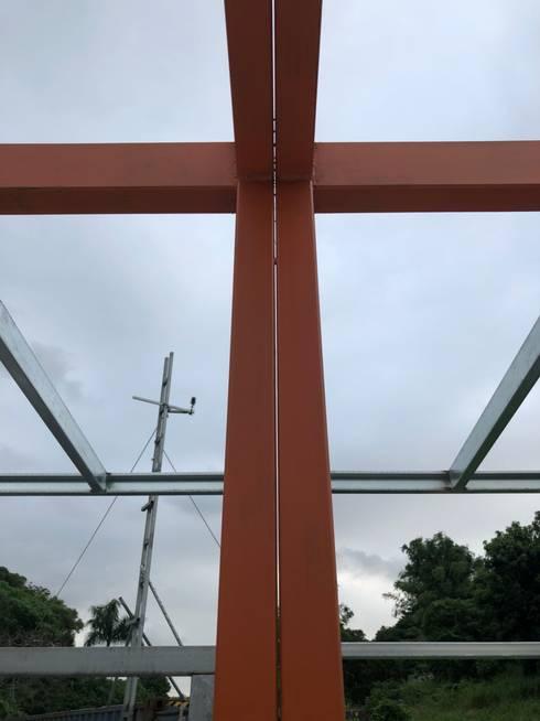 鋼構結構:堅固、耐久度佳㊝::   by 築地岩移動宅