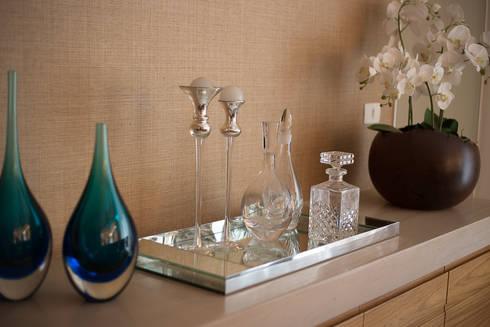 Apartamento CB: Salas de jantar modernas por Flavia Castellan Arquitetura