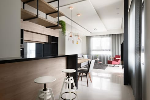 Zhuang's Residence:   by 簡致制作SimpleUtmost Design