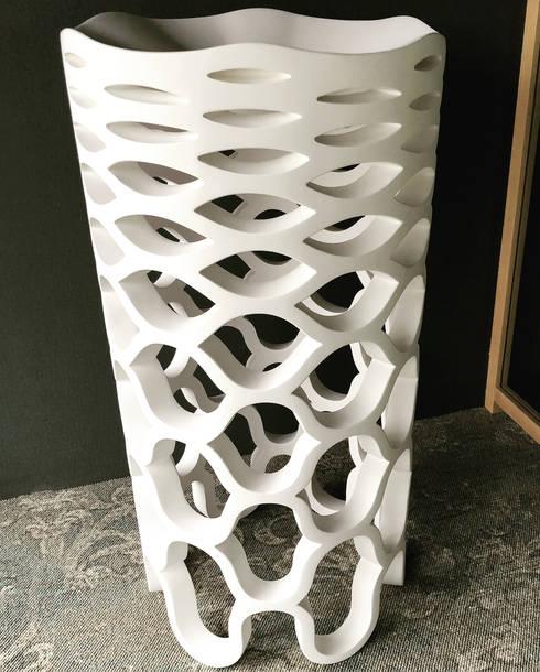 Waschtisch Verona: moderne Badezimmer von ZICCO GmbH
