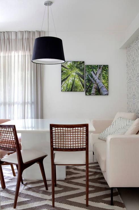 mediterranean Dining room by RP Estúdio - Roberta Polito e Luiz Gustavo Campos
