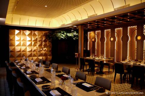 Basic Instict Restaurant:  Restoran by FerryGunawanDesigns