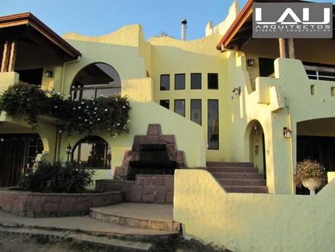 Casa Parcela: Casas de estilo moderno por Lau Arquitectos