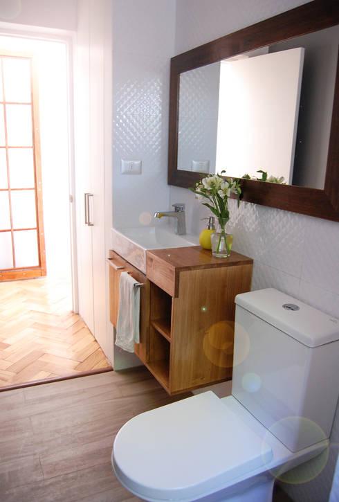 Baño nuevo:  de estilo  por Estudio Mínimo Arquitectura y Construcción Ltda.