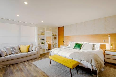 Dormitorio Principal: Dormitorios de estilo escandinavo por Klover