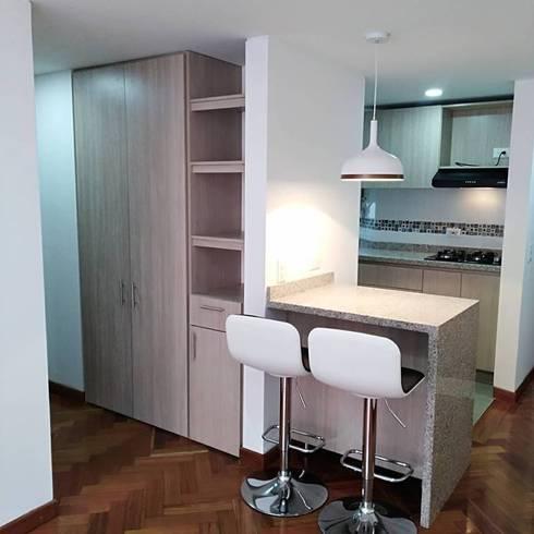 Apartaestudio: Comedores de estilo moderno por Erick Becerra Arquitecto